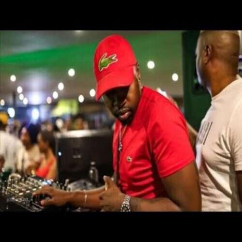 Busta 929 - Phola (feat.  Seekay, Boohle & Mr JazziQ)