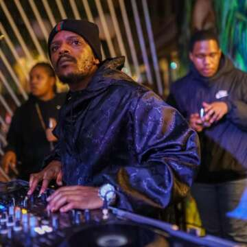 Kabza De Small - Dlala Gija (feat.  Njelic, Daliwonga & DJ Maphorisa)