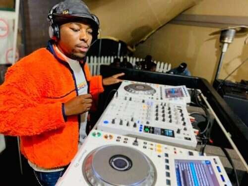 Kwiish SA & De Mthuda - Ndi Ready (feat.  MalumNator & Sihle)