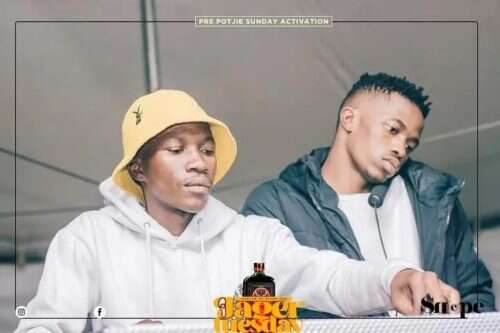 MDU aka TRP & Bongza - Bab'uyajola (feat.  Mhaw Keys)
