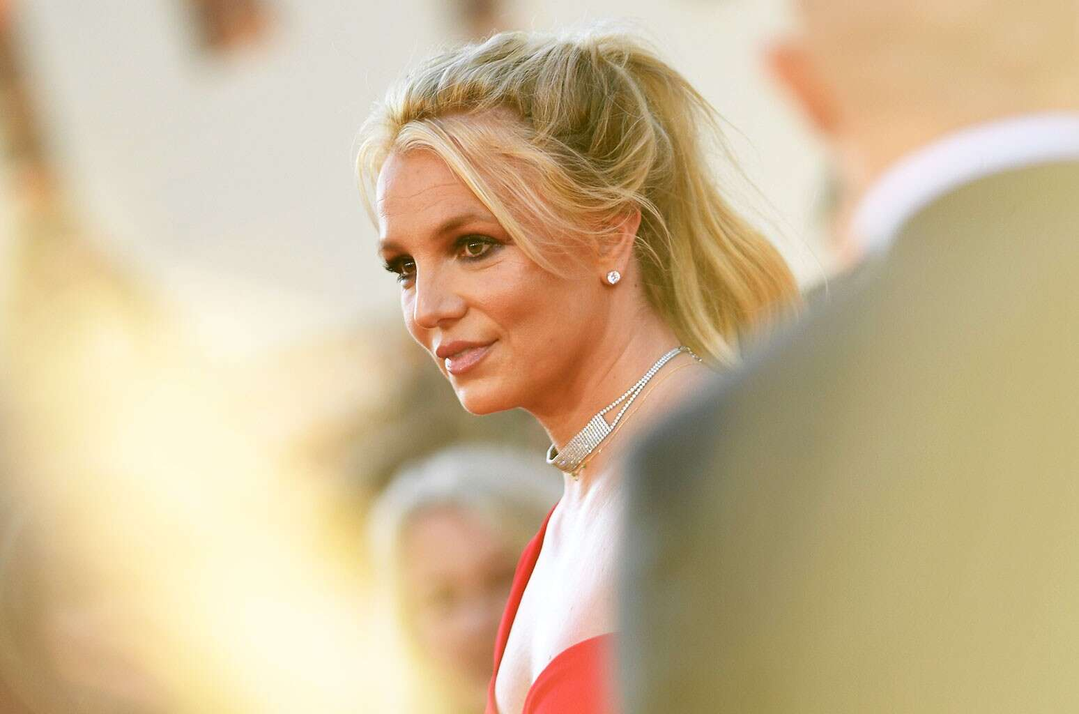 Britney Spears Goes Topless in new photos